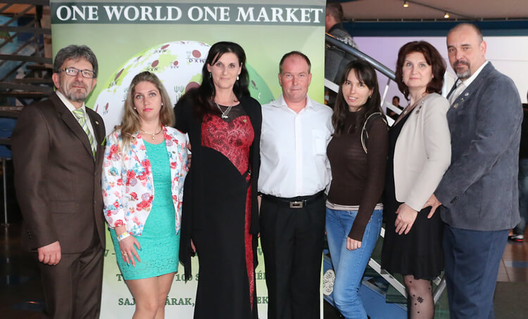 DXN Magyarország 7. születésnapi csoportkép